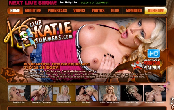 Club Katie Summers With Bitcoin